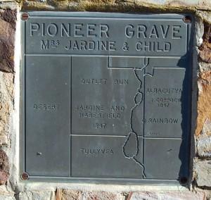 Grave of Margaret Jardine3